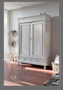 Classico krijtverf - chalk paint. Color Wild Garlic van Pure & Original.
