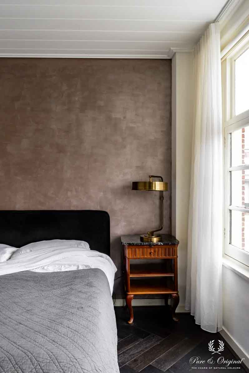 Marrakech Walls in de kleur Rose Dust in de slaapkamer