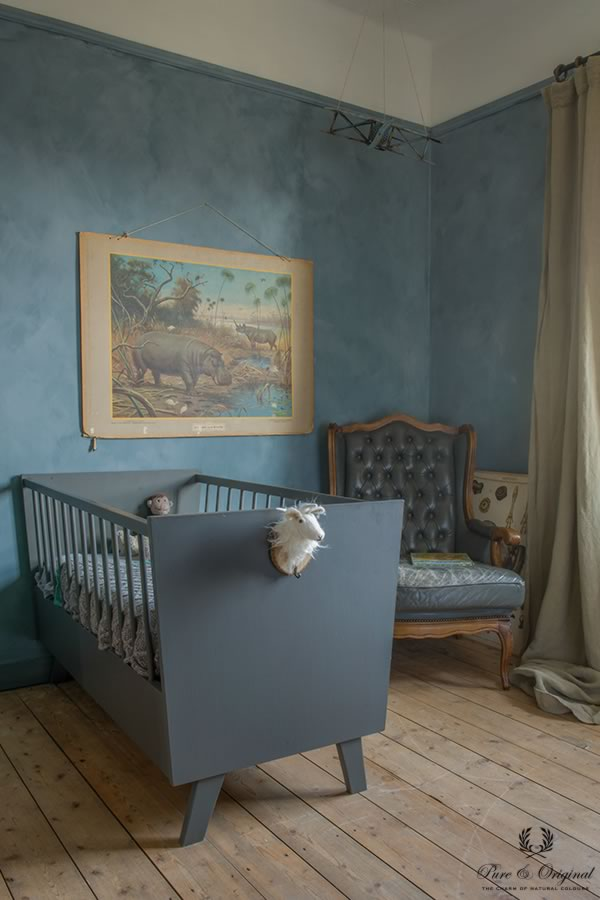Traditional Paint lak in de kleur Thunder Sky en Fresco Country Blue, in de kinderkamer